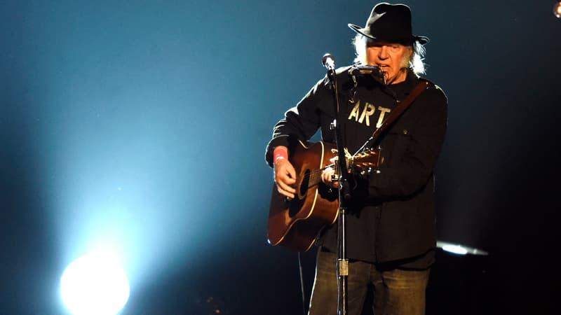Neil Young porte plainte contre Donald Trump pour l'empêcher d'utiliser ses chansons