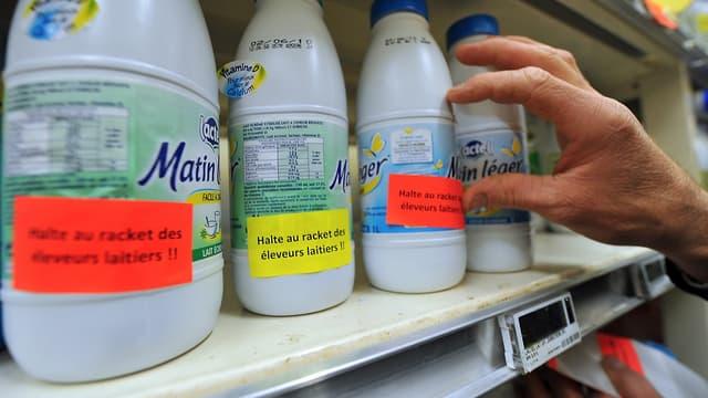 Les négociations entre industriels laitiers et distributeurs mal engagées.