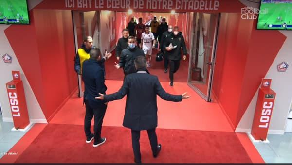 Olivier Letang et Sylvain Armand parlementent avec l'arbitre de Lille-Nice