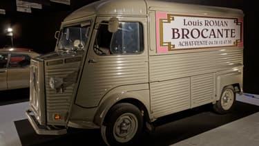LA fourgonnette de Louis la brocante exposée au dernier Mondial de l'auto