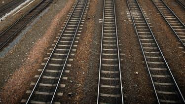 Un jeune homme endormi sur les rails a été percuté mortellement par un TER dimanche 24 août près de Clermont-Ferrand. Image d'illustration.