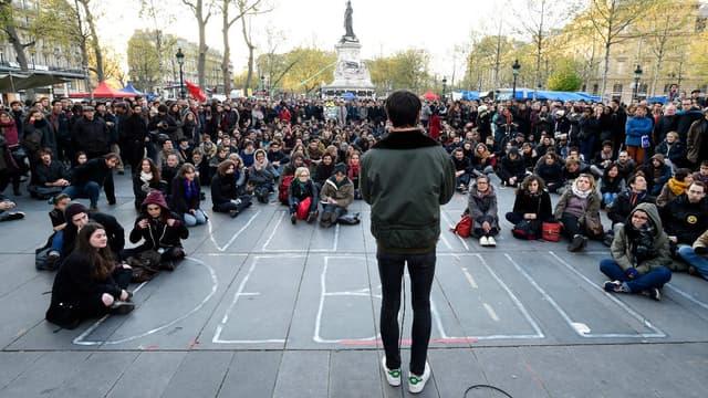 """Un rassemblement de """"Nuit Debout"""" place de la République à Paris, le 30 avril 2016."""