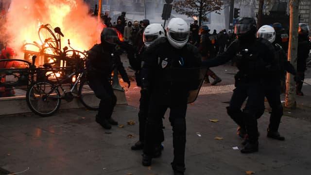 Les BRAV ont été créées après les violences du 16 mars à Paris.