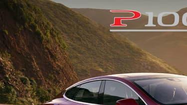 Tesla vient d'annoncer le lancement d'un bloc batterie de 100 kWh, un record.