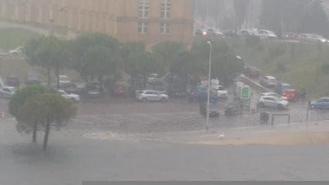 Les berges du Lez inondées  - Témoins BFMTV