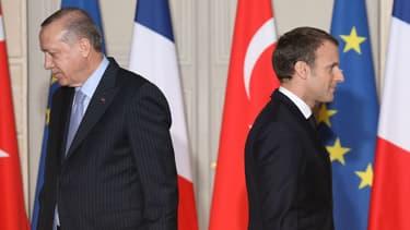 Recep Tayyip Erdogan et Emmanuel Macron lors d'une conférence de presse à l'Elysée en janvier 2018.