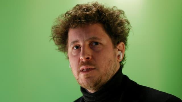 Le secrétaire national d'Europe Ecologie Les Verts (EELV) et candidat à la présidence de la région Ile-de-France Julien Bayou, le 19 janvier 2021 à Paris