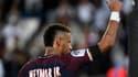 Le PSG dévoile de nouveaux articles textiles à l'effigie de Neymar.