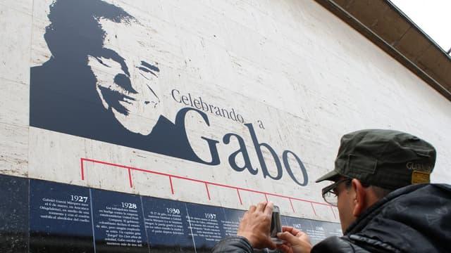 Le visage de Gabriel Garcia Marquez sur un mur de Bogota, la capitale colombienne, le 18 avril.