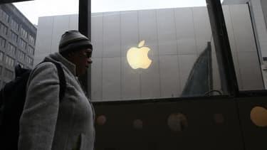 """Le 31 août dernier, l'exécutif européen avait sommé Apple de rembourser à l'Irlande plus de 13 milliards d'euros d'""""avantages fiscaux indus""""."""