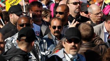 La moyenne du nombre de jours de grève pour 100 salariés est 132 fois plus élevée en France qu'en Suisse.