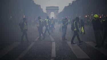1.000 personnes ont été interpellées samedi à Paris.