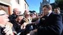 """En déplacement à Changé (Mayenne) pour défendre le """"Grenelle de l'environnement"""", Nicolas Sarkozy s'en est pris aux candidats à la présidence de la République trop soucieux de """"se mettre bien avec tout le monde"""" pour prendre des décisions difficiles, visa"""