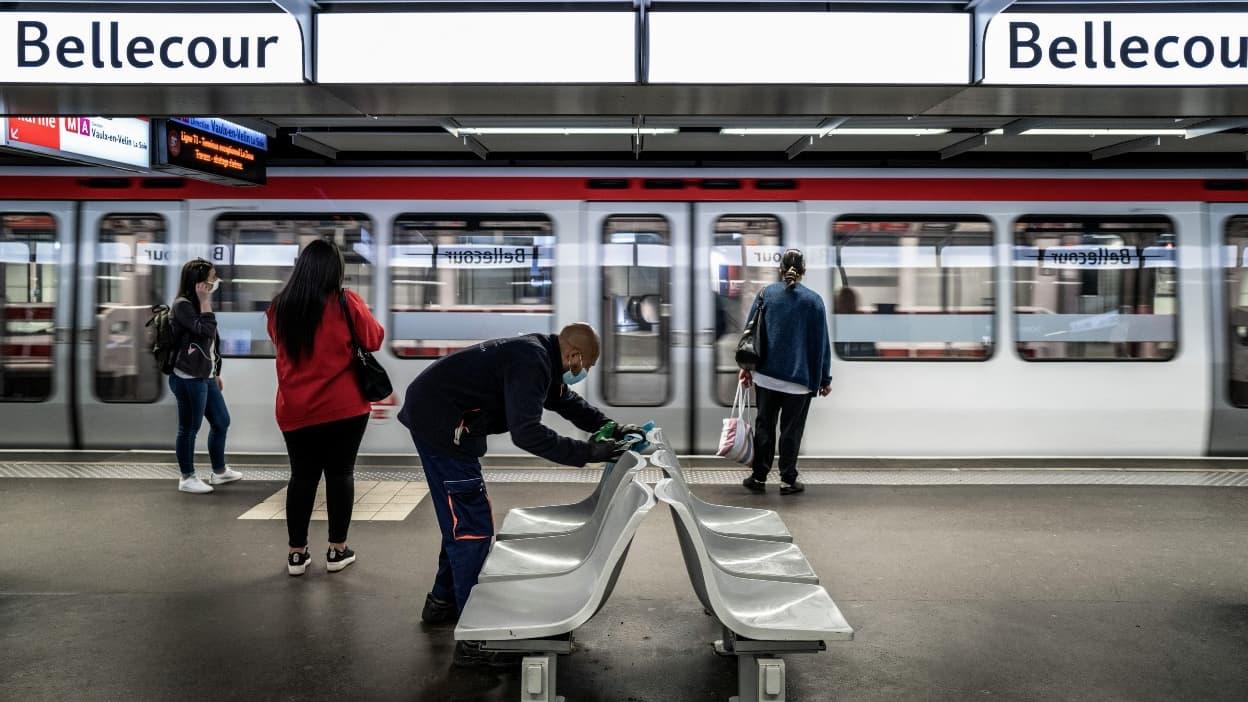 Lyon: un homme refuse de mettre un masque et agresse un contrôleur TCL