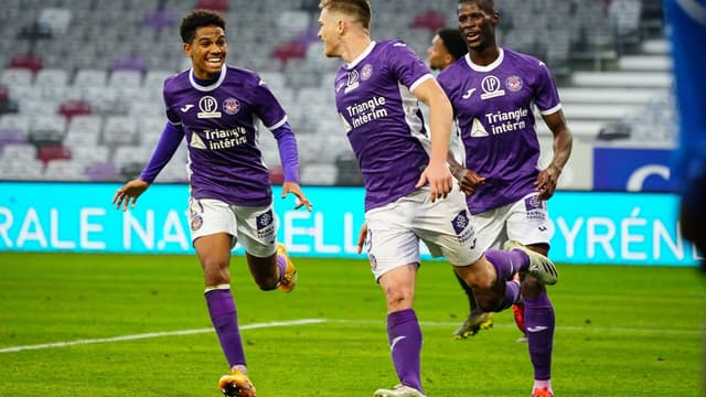 Rhys Healey - Toulouse