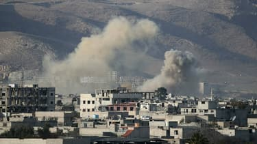 Frappes aériennes menées par le régime syrien sur la ville de Hamouria, dans la Ghoura orientale, le 3 mars 2018