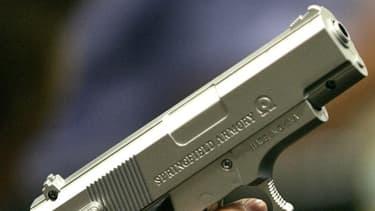 4,5 millions de femmes ont déjà été menacées à l'aide d'une arme à feu par leur partenaire, aux Etats-Unis. (photo d'illustration)