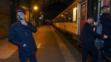 Départ de la gare de Perpignan du dernier train de nuit Paris / Port-Bou, en Espagne, le 9 décembre 2016