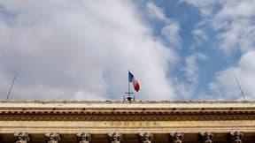 Paris et les Bourses européennes saluent en début de séance le plan de stabilisation de la zone euro et la décision de la Banque centrale européenne d'acheter de la dette publique sur le marché secondaire. Vers 09h20, le CAC 40, qui a perdu près de 16% de