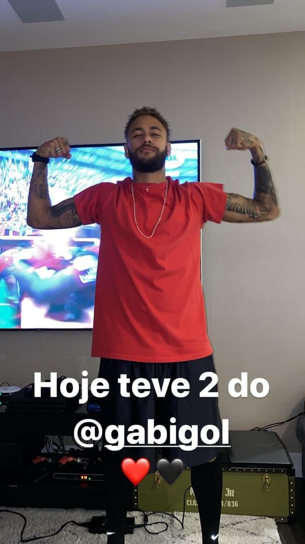 Neymar en train d'imiter la célébration de Gabigol