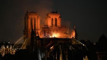 """""""L'incendie de Notre-Dame est un événement historique dont on parlera dans 100 ou 200 ans"""""""