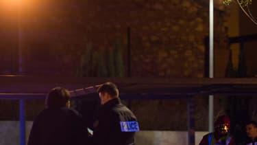 Deux hommes ont été tués par balle vendredi vers 23 heures, dans les quartiers nord de Marseille et un troisième a été légèrement blessé