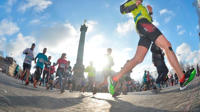 37 480 concurrents ont battu le pavé parisien.