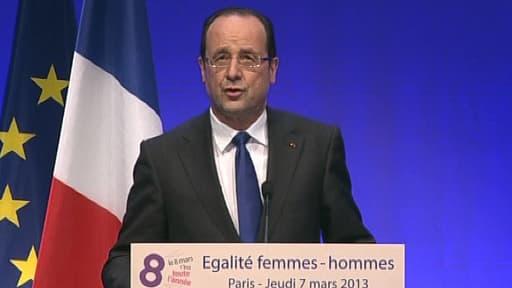François Hollande a inauguré la journée internationale des droits des femmes à la Cité des sciences et de l'industrie de La Villette.