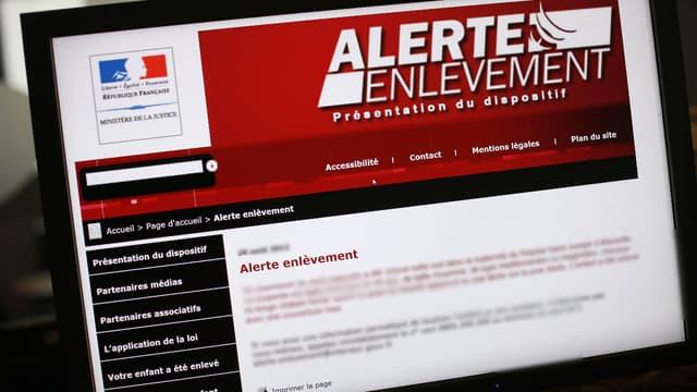 L'alerte enlèvement est largement diffusée pour recueillir le maximum d'informations en un minimum de temps.