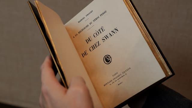 """une édition originale du """"Du cote de chez Swann"""""""