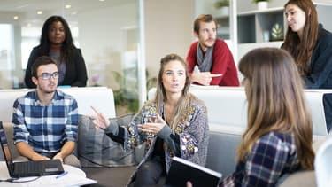 Le management au féminin est plus ouvert à l'écoute, met en avant le sondage Qapa.