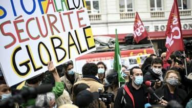 """Manifestation contre le projet de loi """"sécurité globale, à Paris le 17 novembre 2020"""