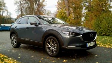 Mzada a renouvelé cette année son SUV familial, le CX-30, avec la toute nouvelle motorisation essence SkyActiv-X.