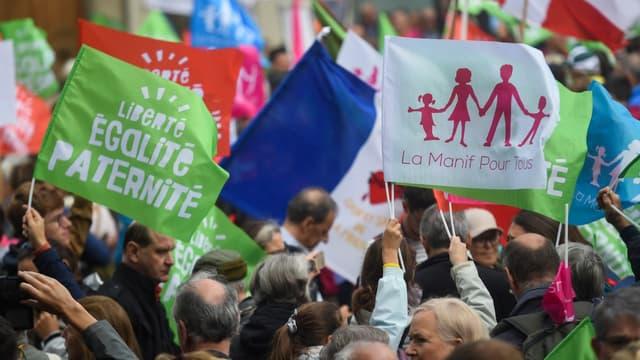 Manifestation contre l'ouverture de la PMA à toutes les femmes à Paris, le 6 octobre 2019