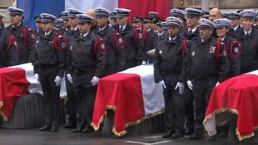 Les cercueils des victimes de l'attaque de la préfecture de police de Paris, lors de la cérémonie d'hommage du 8 octobre 2019.