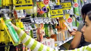 Les vacances scolaires sont à peine entamées et pourtant les rayons des magasins sont déjà remplis d'articles de rentrée.