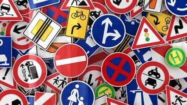 Le nouvel examen du code de la route reste amputé des questions les plus difficiles, qui ne seront réintroduites progressivement d'ici la fin de l'année.