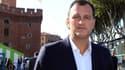 Louias Aliot, candidat frontiste à Perpignan, serait battu par le maire sortant UMP.