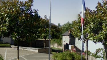 L'entrée de l'école de Meillac, en Ille-et-Vilaine.