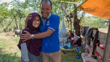 Dewi et son mari Azwan sont restés séparés et sans nouvelles l'un de l'autre pendant 48 heures.