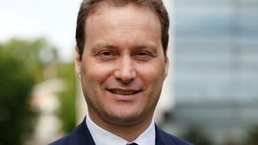 Sylvain Maillard, candidat de la République en marche est élu dès le premier tour à Paris.