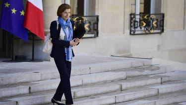 La ministre des Armées, Florence Parly quitte le palais de l'Elysée après le Conseil des ministres du 12 juin 2017.