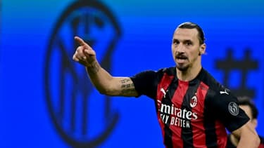 La joie de l'attaquant suédois de l'AC Milan, Zlatan Ibrahimoic, après un but marqué en Série A contre l'Inter Milan, le 17 octobre 2020 au stade San Siro