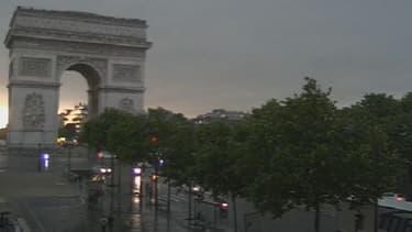 Alerte orange sur l'Ile-de-France, risque d'orages localement violents