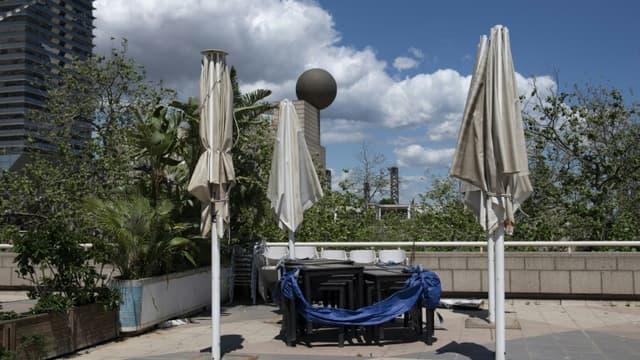 Une terrasse à Barcelone le 13 mai 2020, pendant le confinement causé par le coronavirus.