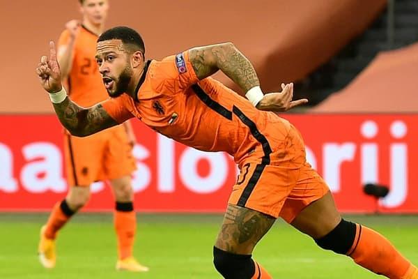 Memphis Depay sous le maillot de la sélection des Pays-Bas contre la Bosnie-Herzégovine en Ligue des Nations, le 15 novembre 2020 à Amsterdam