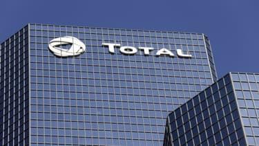 Total a réalisé 8,4 milliards d'euros de bénéfices l'an dernier au niveau mondial.