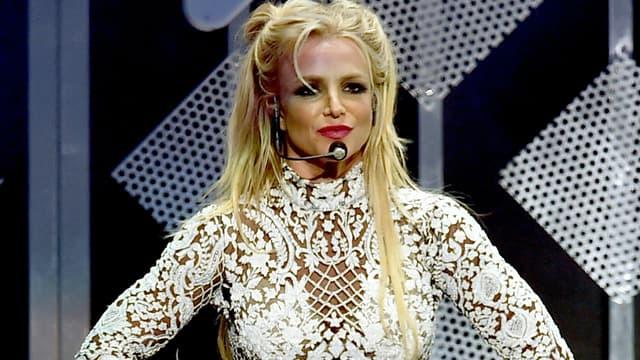 Britney Spears sur scène au Staples Center à Los Angeles, le 2 décembre 2016
