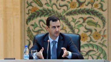 Le président Bachar al Assad a estimé mardi soir que la Syrie était en état de guerre et a ordonné à son nouveau gouvernement de tout faire pour parvenir à la victoire. Ce même jour, 115 personnes ont été tuées à travers le pays. /Photo prise le 26 juin 2