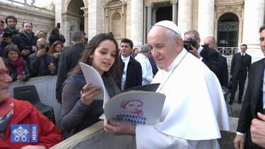 La troupe de Bernadette de Lourdes a rencontré le pape à Rome